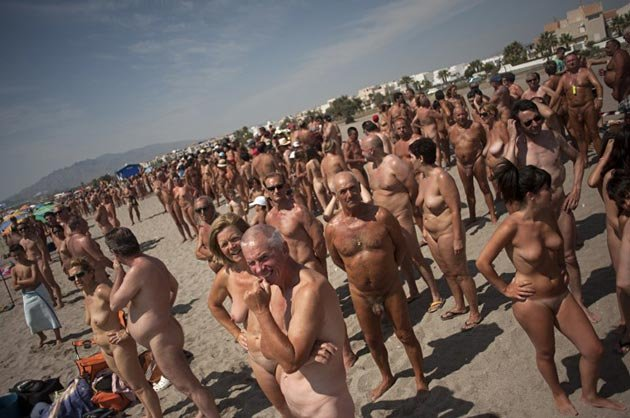 Фото нудисткий пляж смотреть