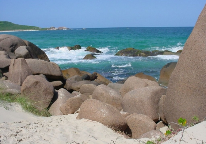 Arquivado Projeto de Lei que proíbe naturismo na Galheta, em Florianópolis
