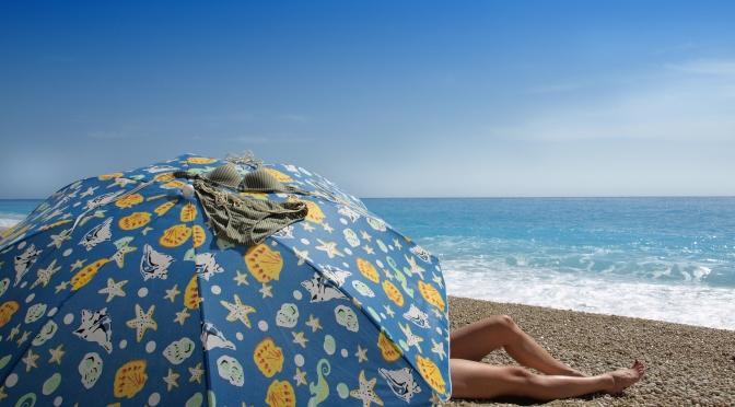 Desmistifique a praia de nudismo e aproveite a sensação de liberdade